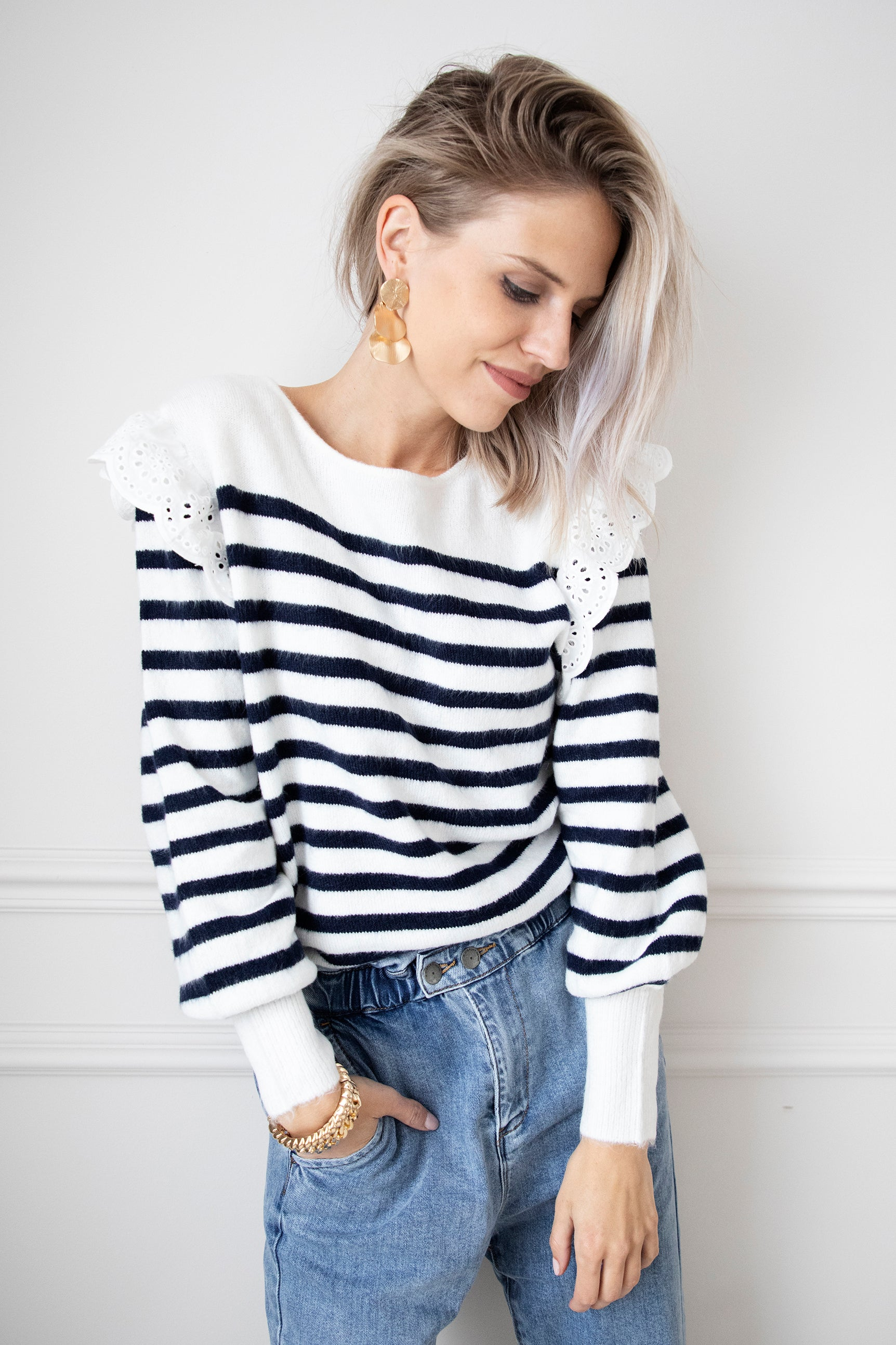 Striped Stella White/Navy Blue - Trui