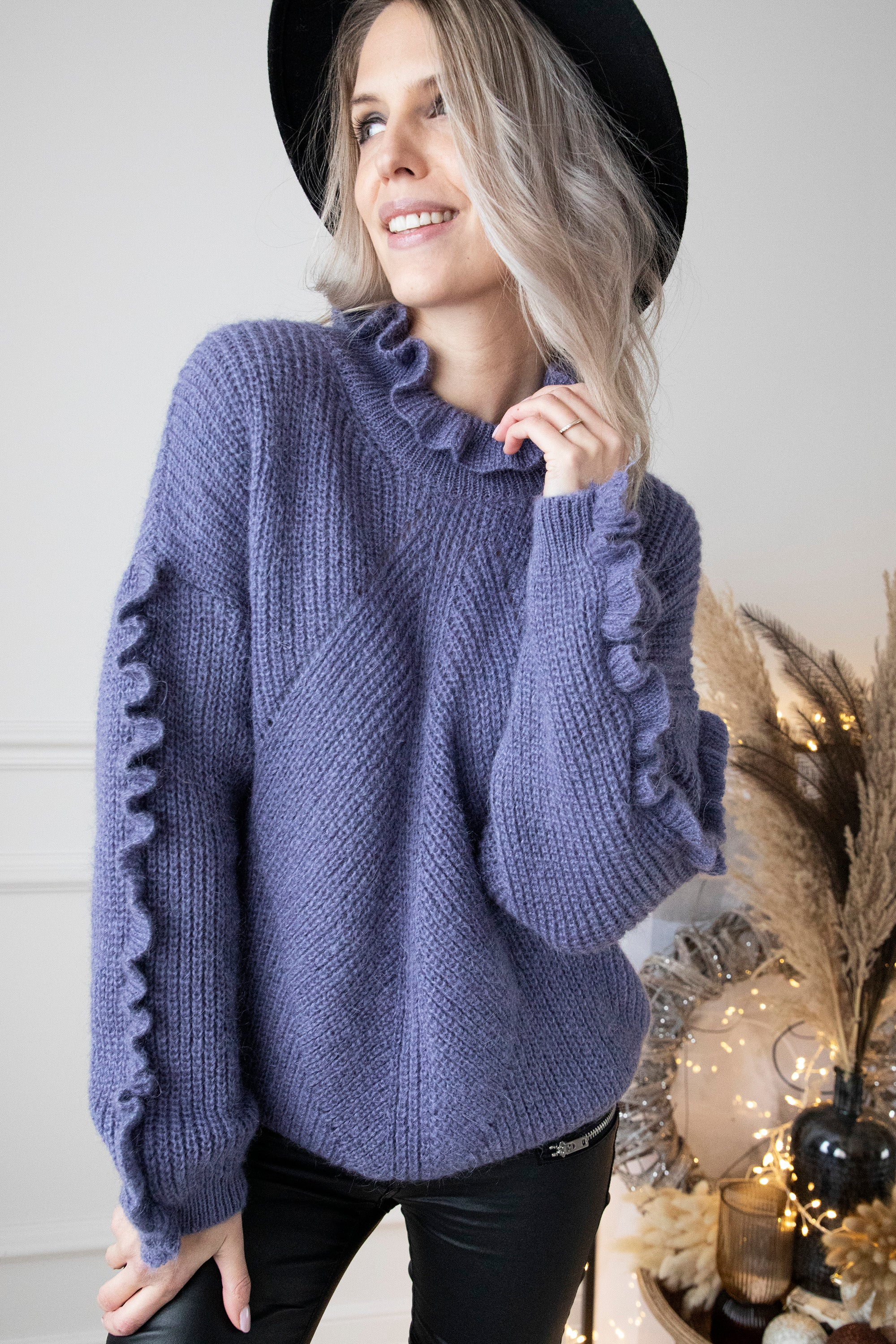 Something Nice & Warm Purple - Trui