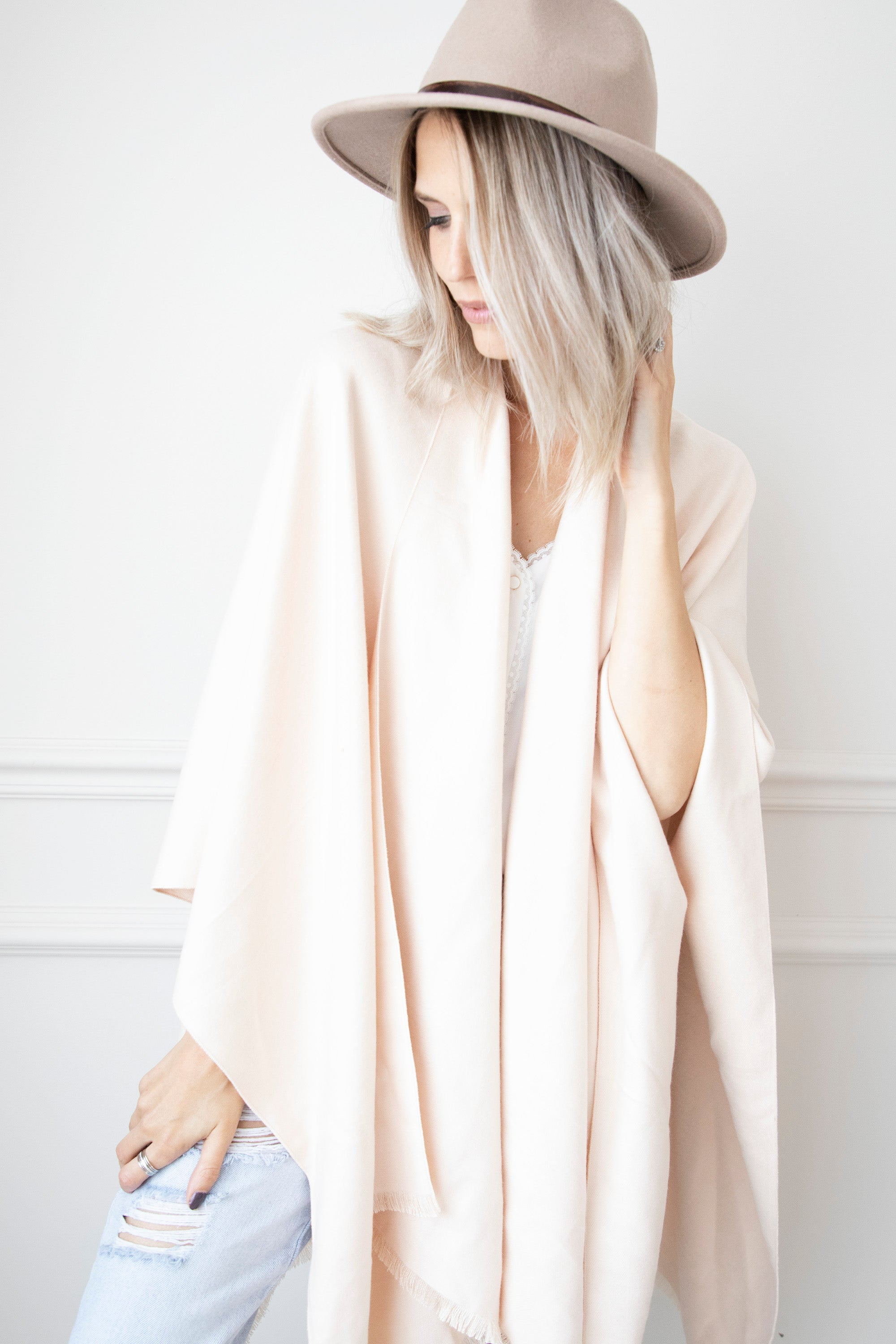 Simply Soft Cream - Sjaal/Poncho