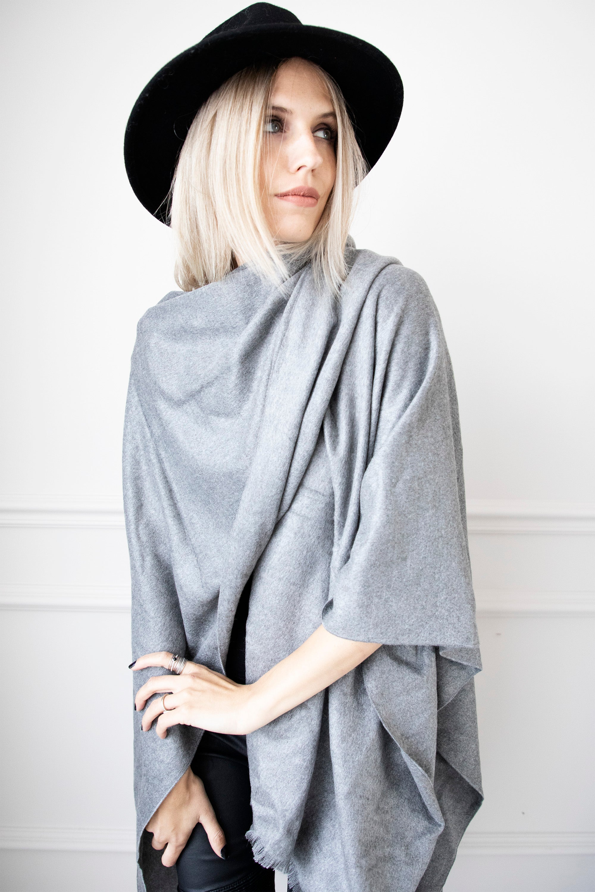 Simply Soft Grey - Sjaal
