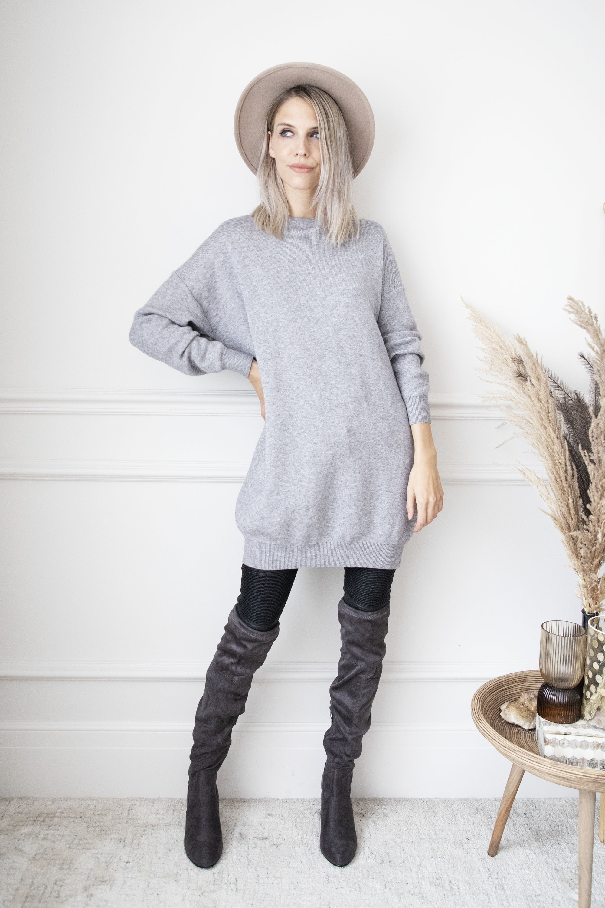 Bows Are Back Grey - Sweater Dress