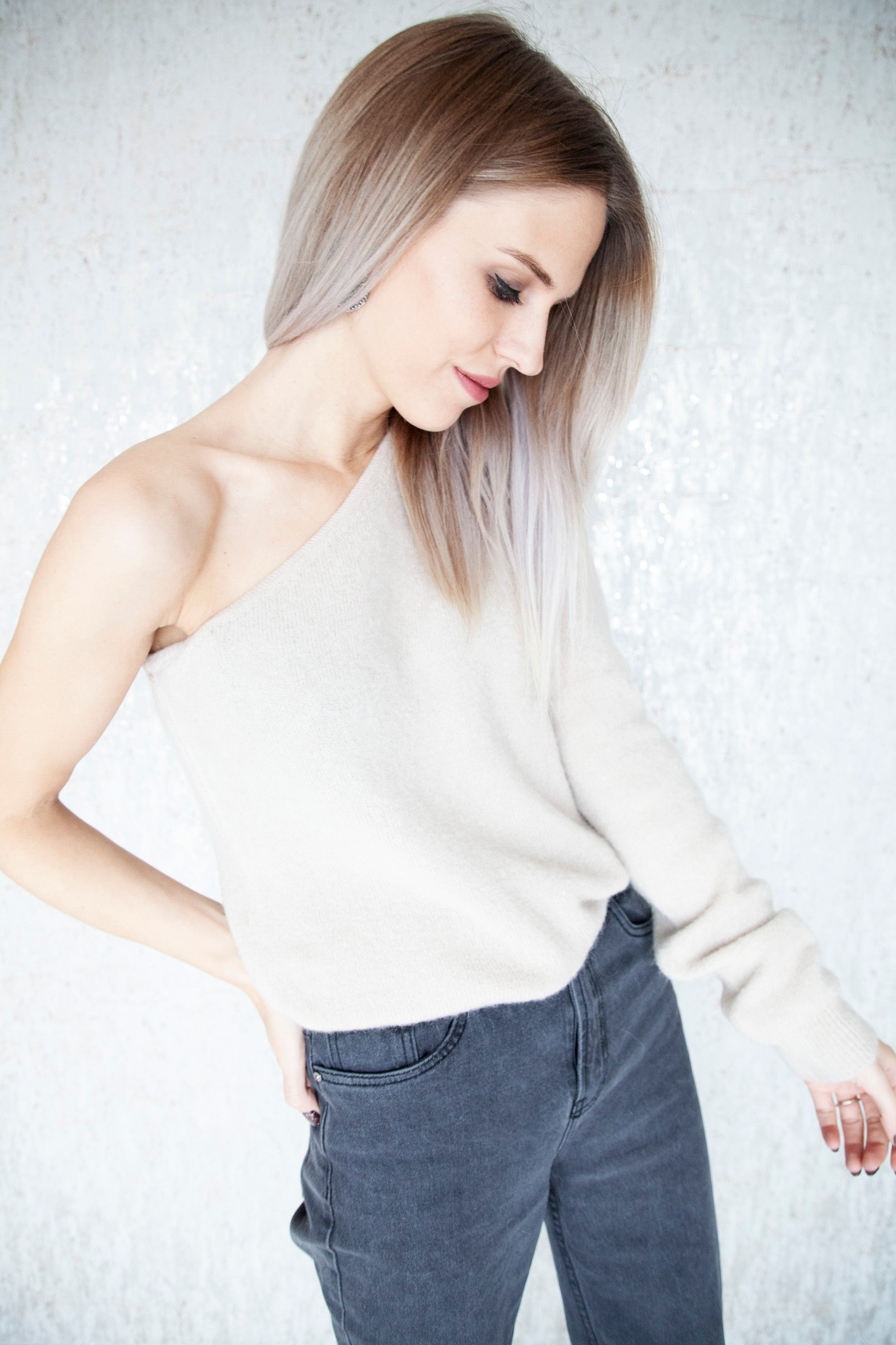 Off My Shoulder Cafe Au Lait - Sweater