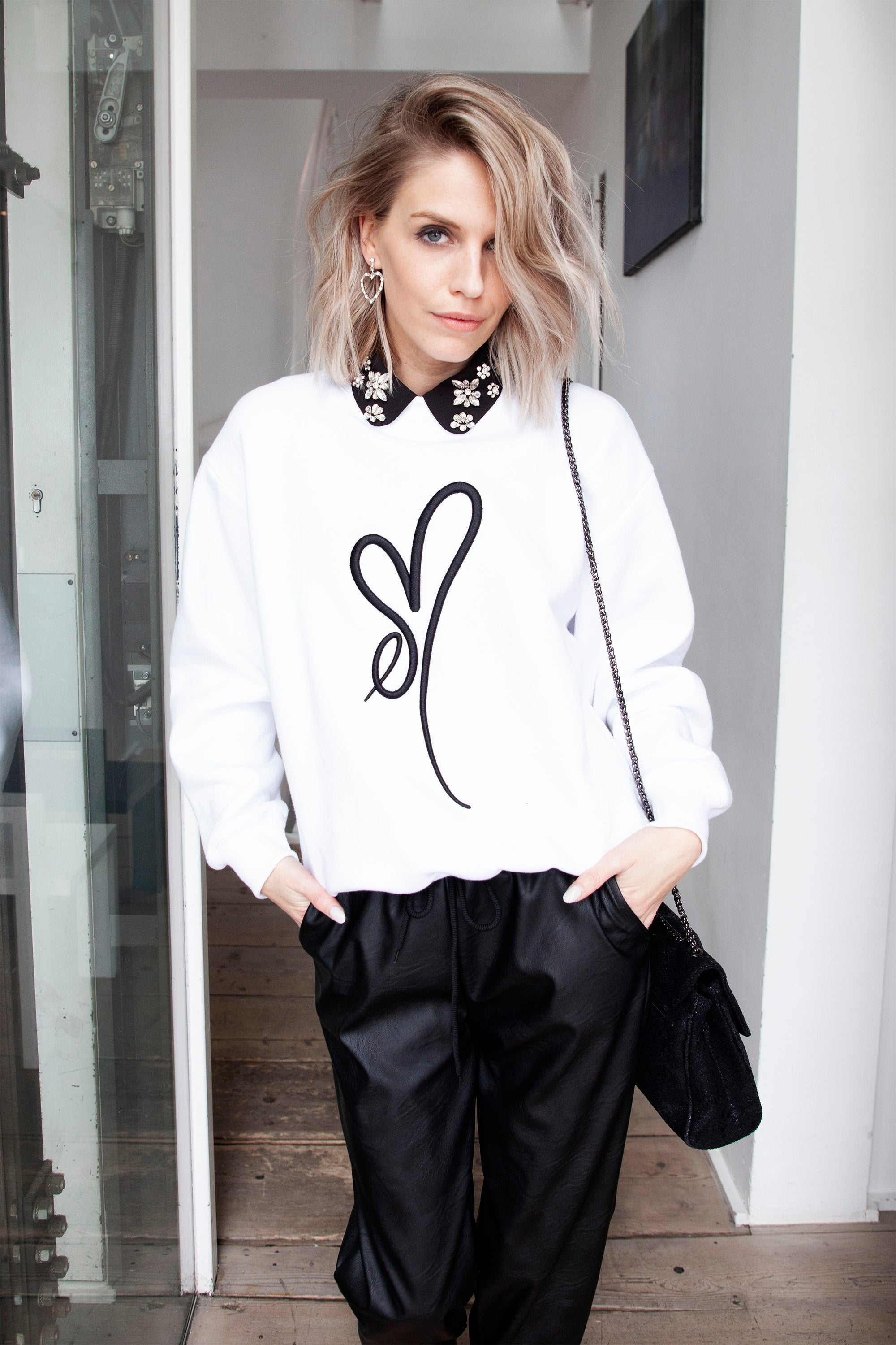 ellemilla ღ ARIA in White/Black 3D - Sweater