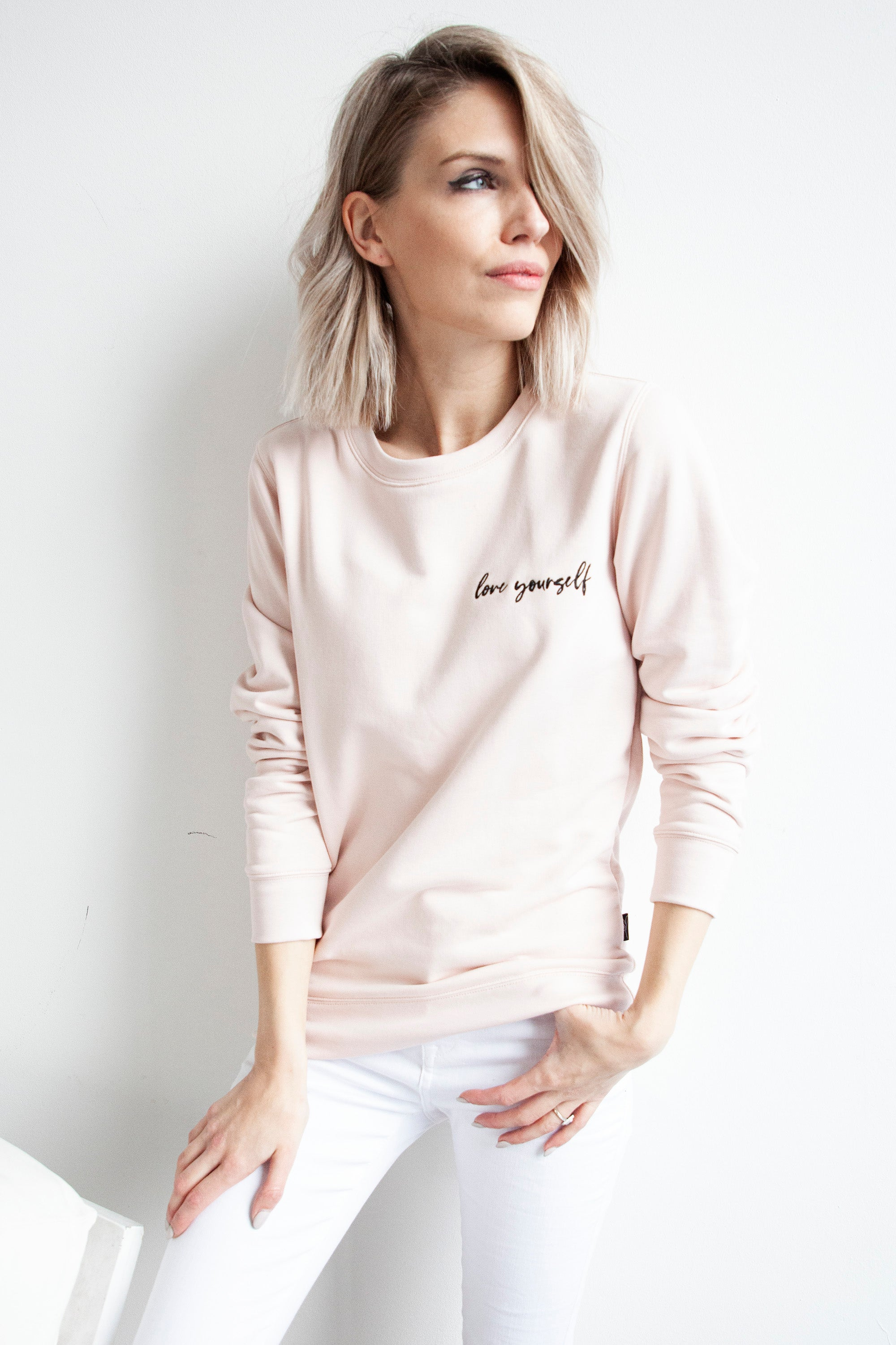 Loveable CHARLY in Pink/Black - Sweater
