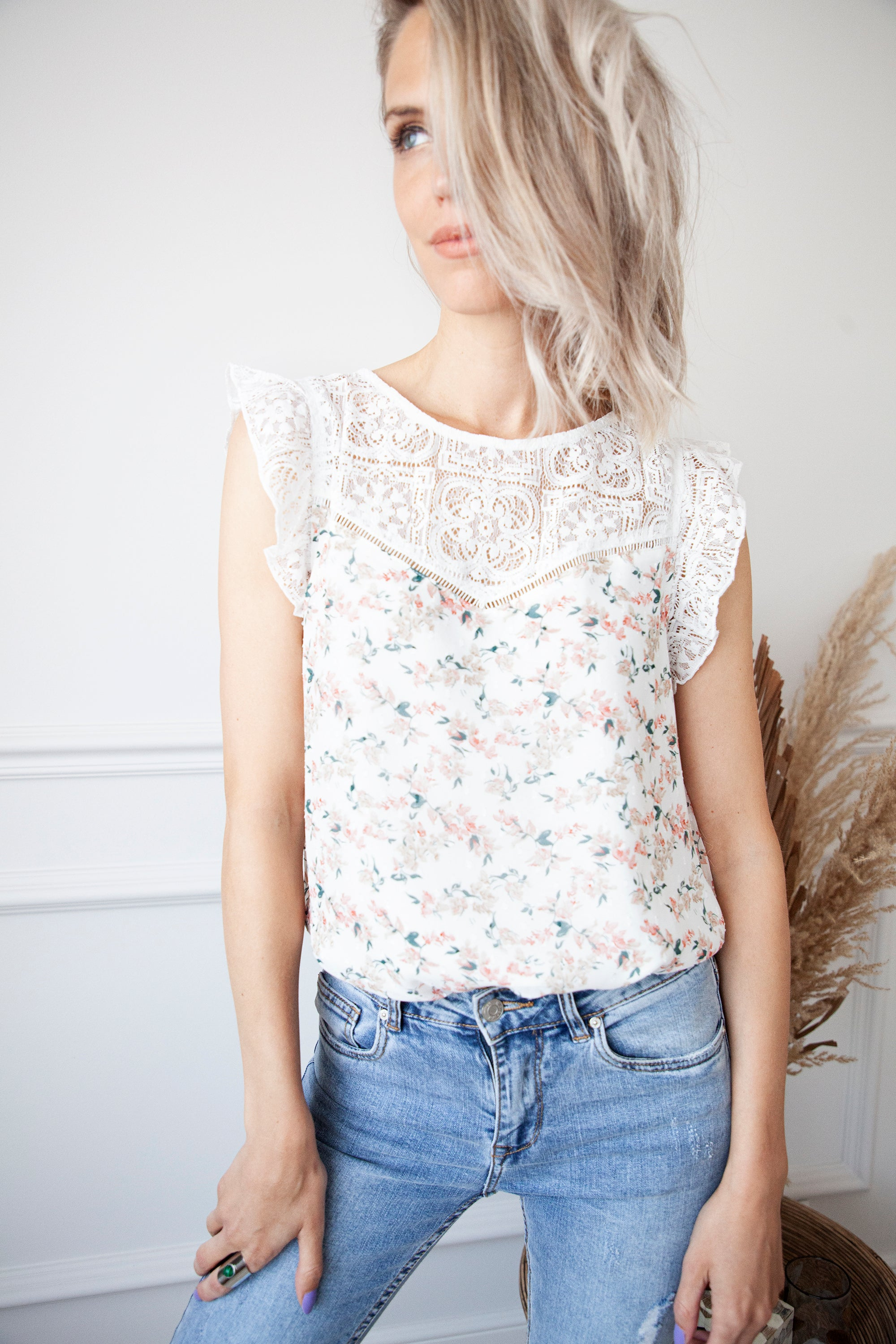 Flowers & A Touch Of Lace White - Top