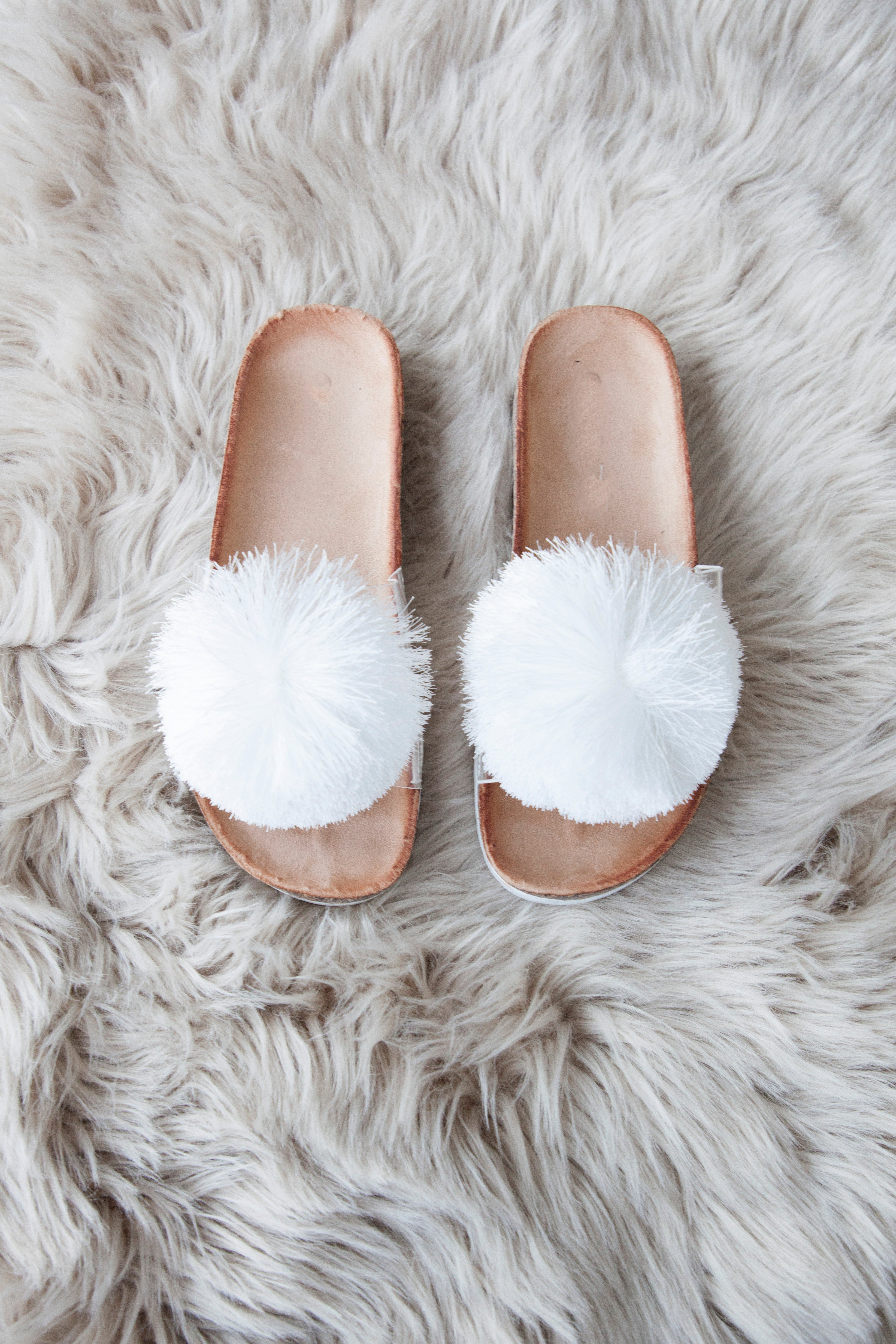 I'm A Cheerleader White - Slippers