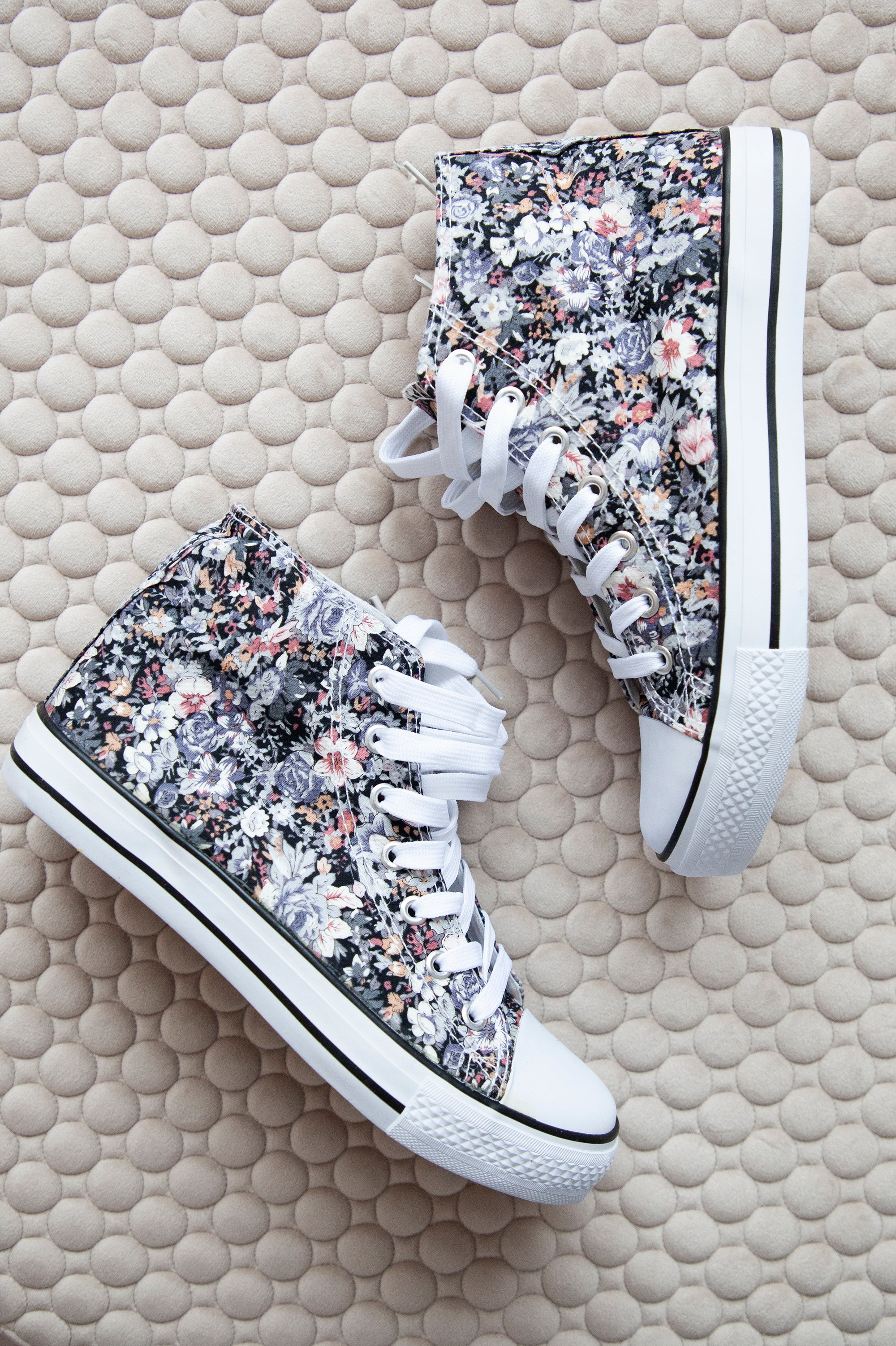 Walk Through Flower Fields Lila - Sneakers