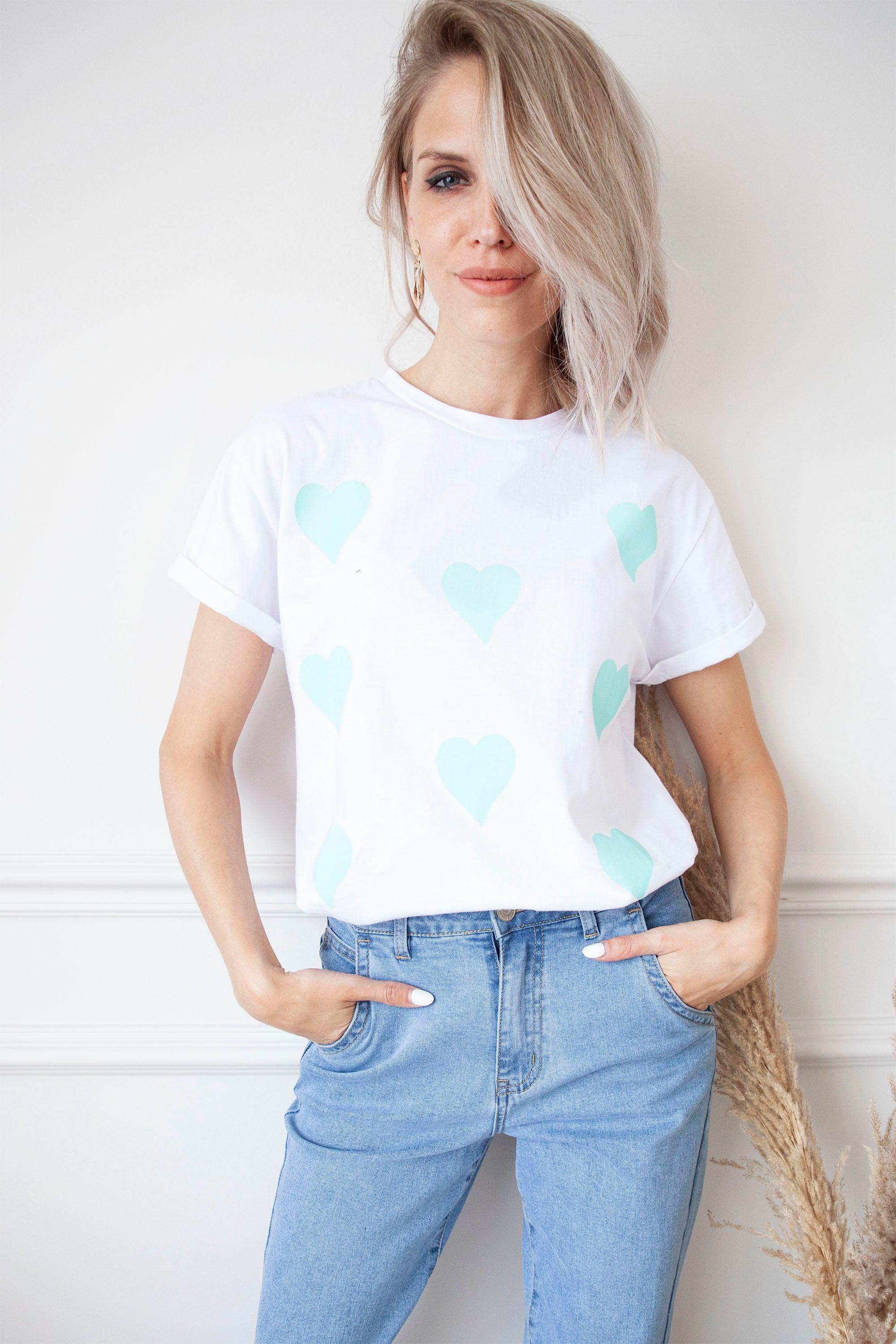 Spread The Love LILY in White/Mint Green- T-shirt