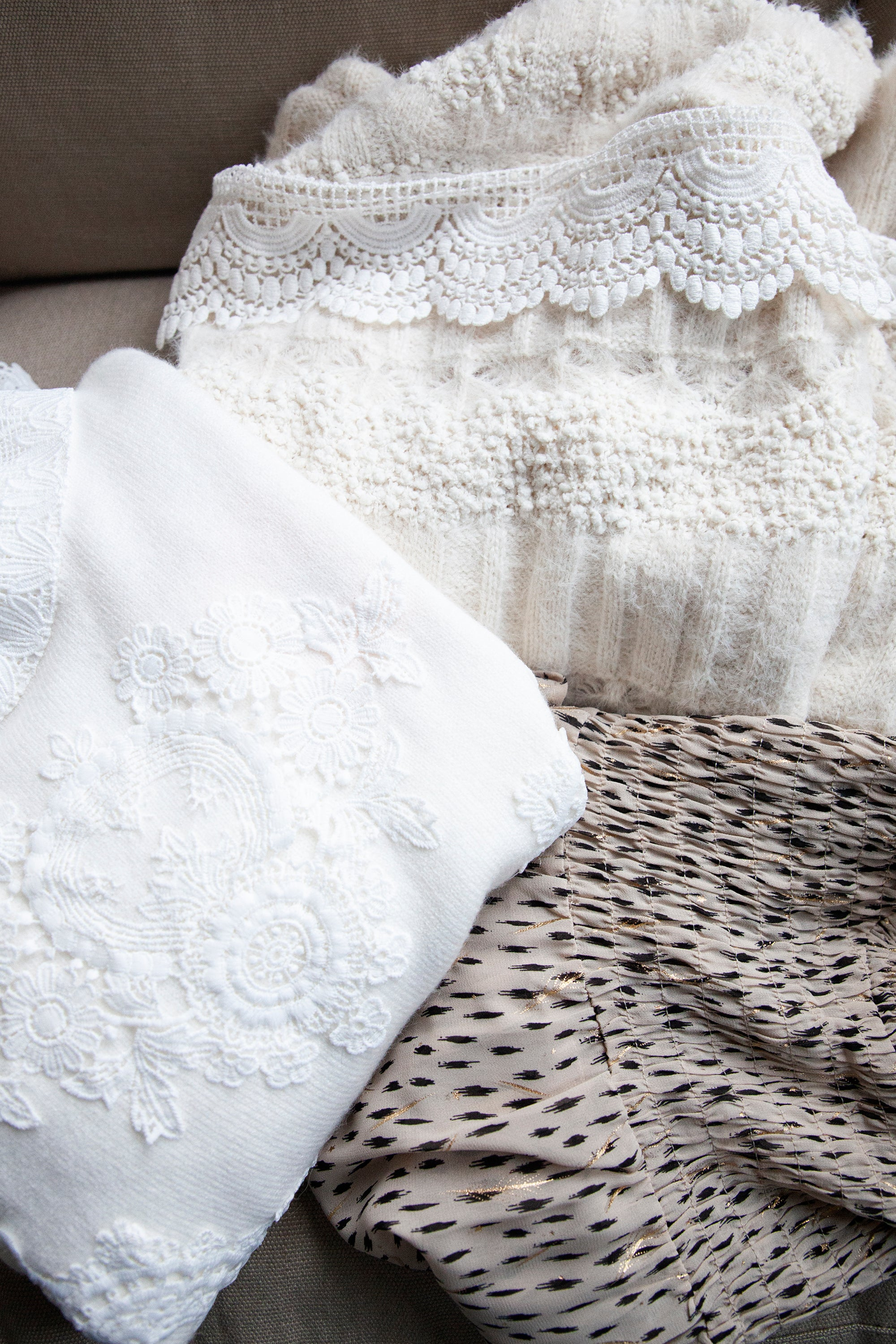 The Art Of Lace Off White - Trui