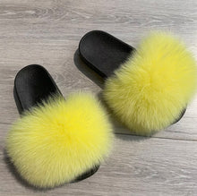 Load image into Gallery viewer, Banana Fur Slippers