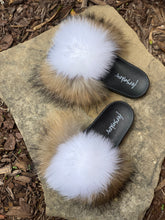 Load image into Gallery viewer, Vanilla Bean Fur Slippers