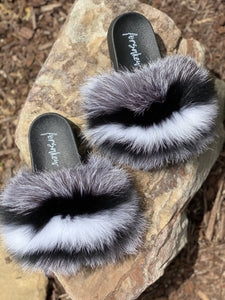 Colorless Fur Slippers