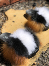 Load image into Gallery viewer, Chipmunk Fur Slippers
