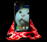 Alice in Wonderland Smart Phone Pillow Stand