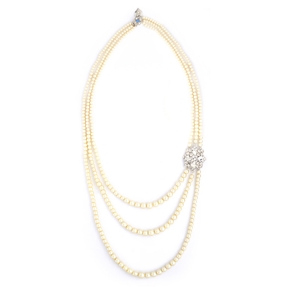 1920s 3 row peal necklace with crystal and diamante motif