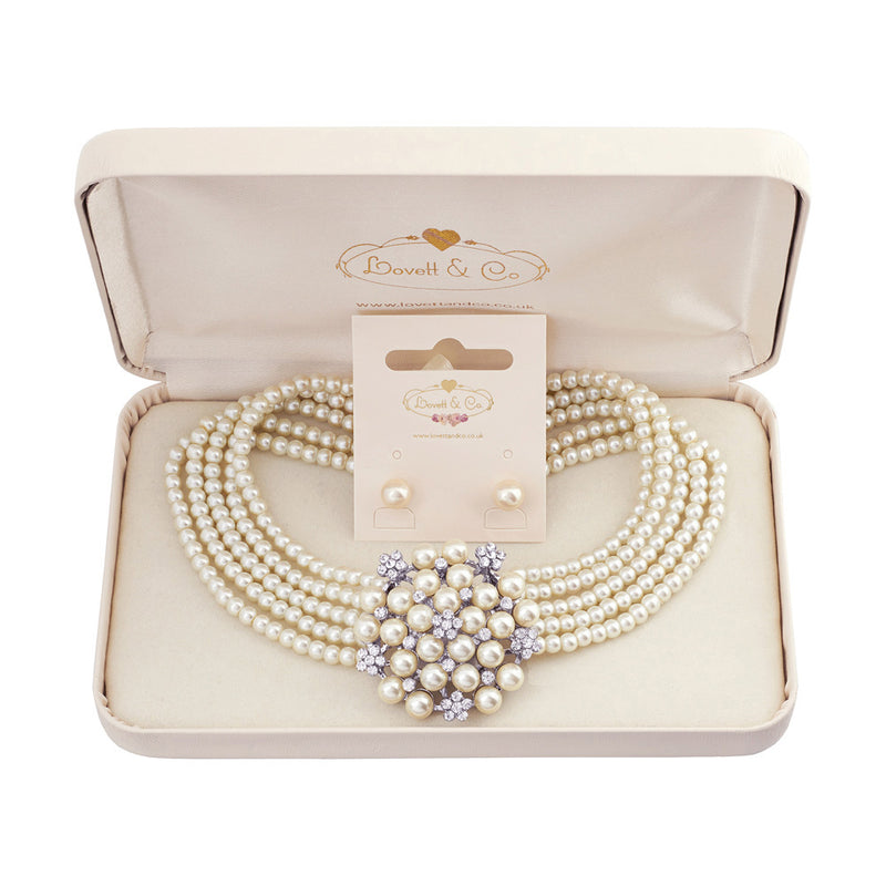 Picture of Audrey Necklace & Small Pearl Stud Earring with Gift Box