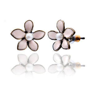 Sweet Lilac Flower Stud Earrings