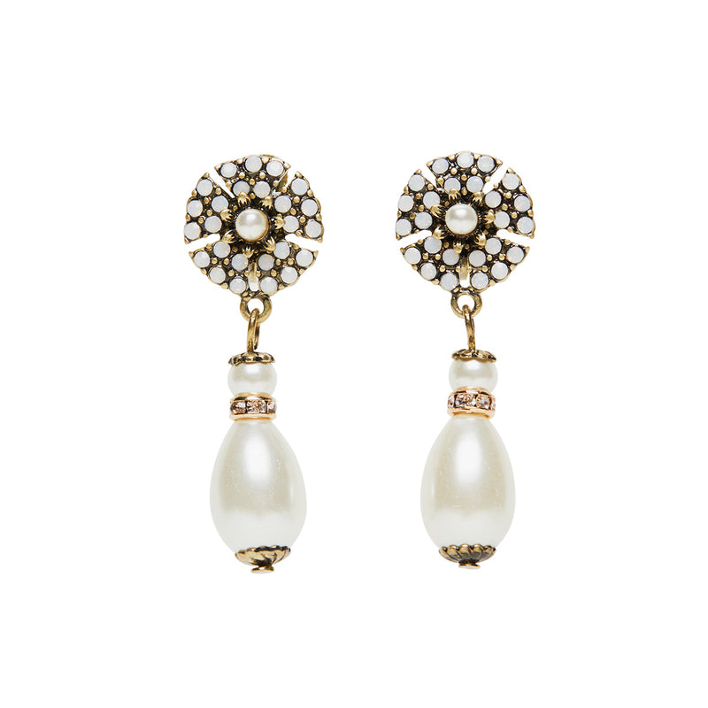 Clip on pearl drop earrings inspired by Miriam Haskell from 1950s