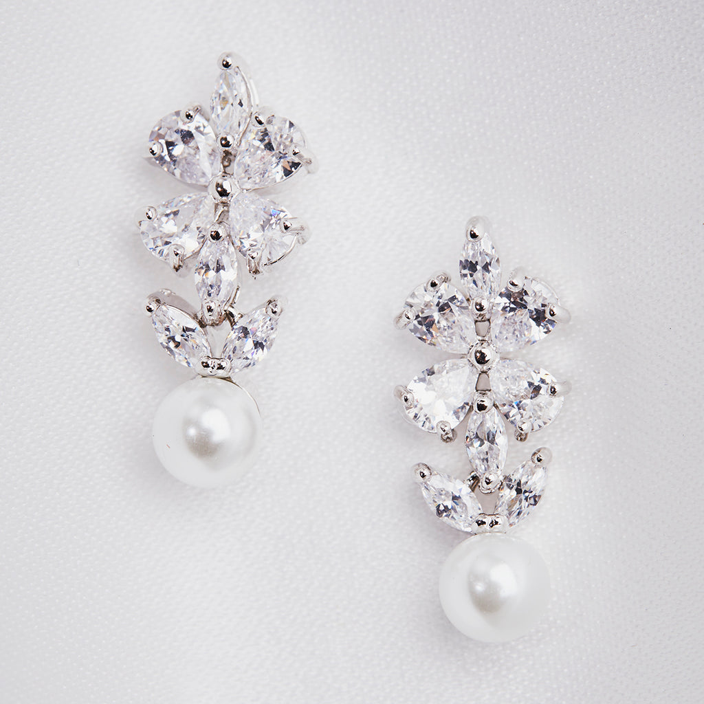 Crystal Clover and Pearl Drop Earring