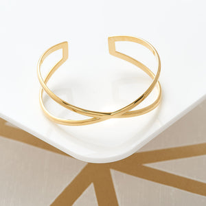 Cross Over Bangle