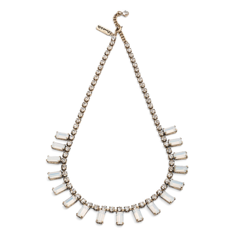 white milk stone 1950s style vintage necklace with brass plating is perfectly suited for weddings and other occasions to add that vintage twist to