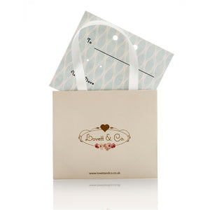Picture of Complimentary gift packaging for vintage pearl stud earring