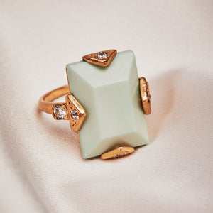 Oblong vintage stone ring