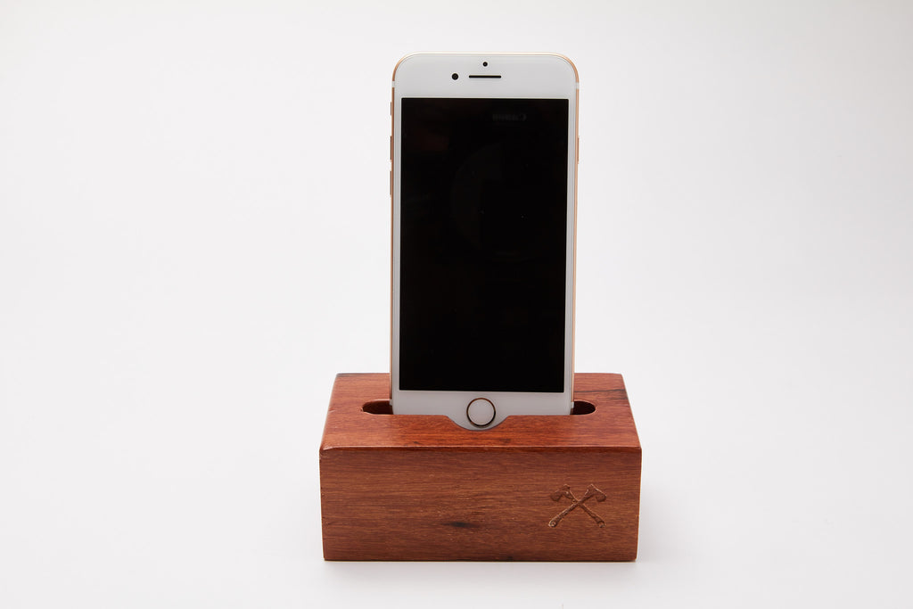 iPhone Docking station Træ