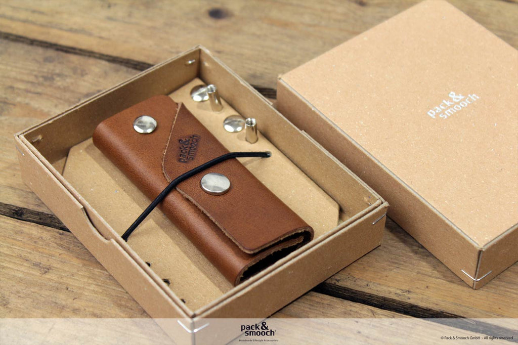 Kingsley 10 Key Holder Cognac