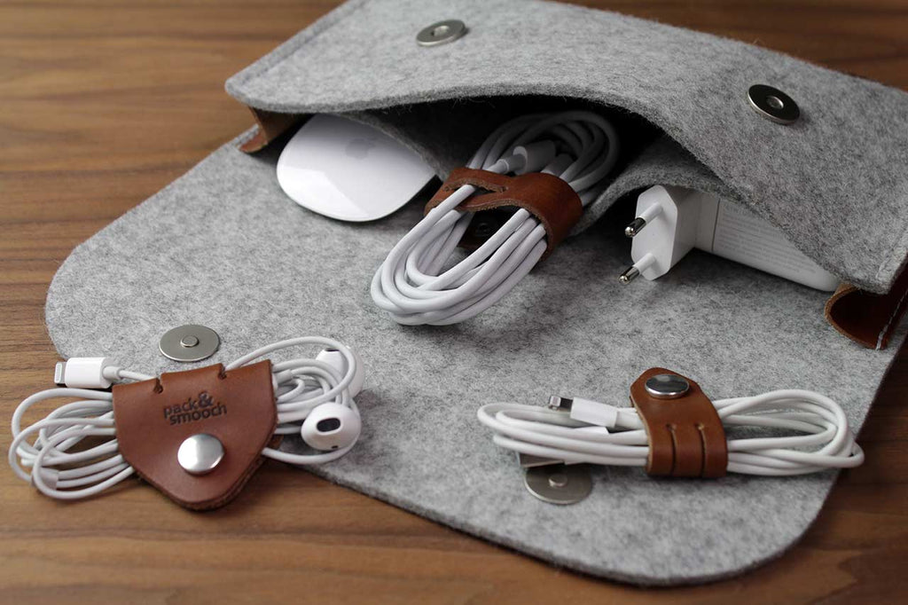 Cable Organizer Set Cognac