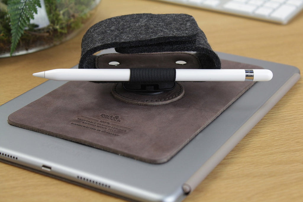 iPad TapStrap holder - Brunette
