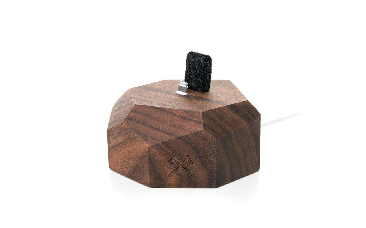 Iphone docking valnød fra woodcessories på coverme