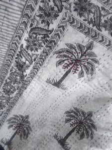 Casa Palm Kantha Quilt - Grey