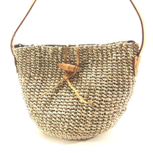 Load image into Gallery viewer, Allie Seagrass Woven Bag