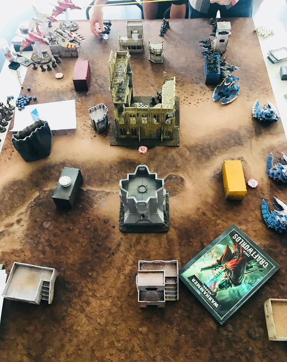 Rent - 40k Gaming Table of Terrain