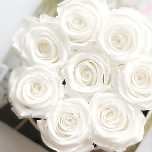 long-lasting-roses-uk-shop-our-white-eternity-roses-bouquets