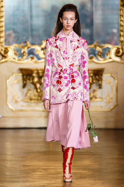 long-lasting-roses-pink-rose-print-fashion-vivetta-fall-2019-collection