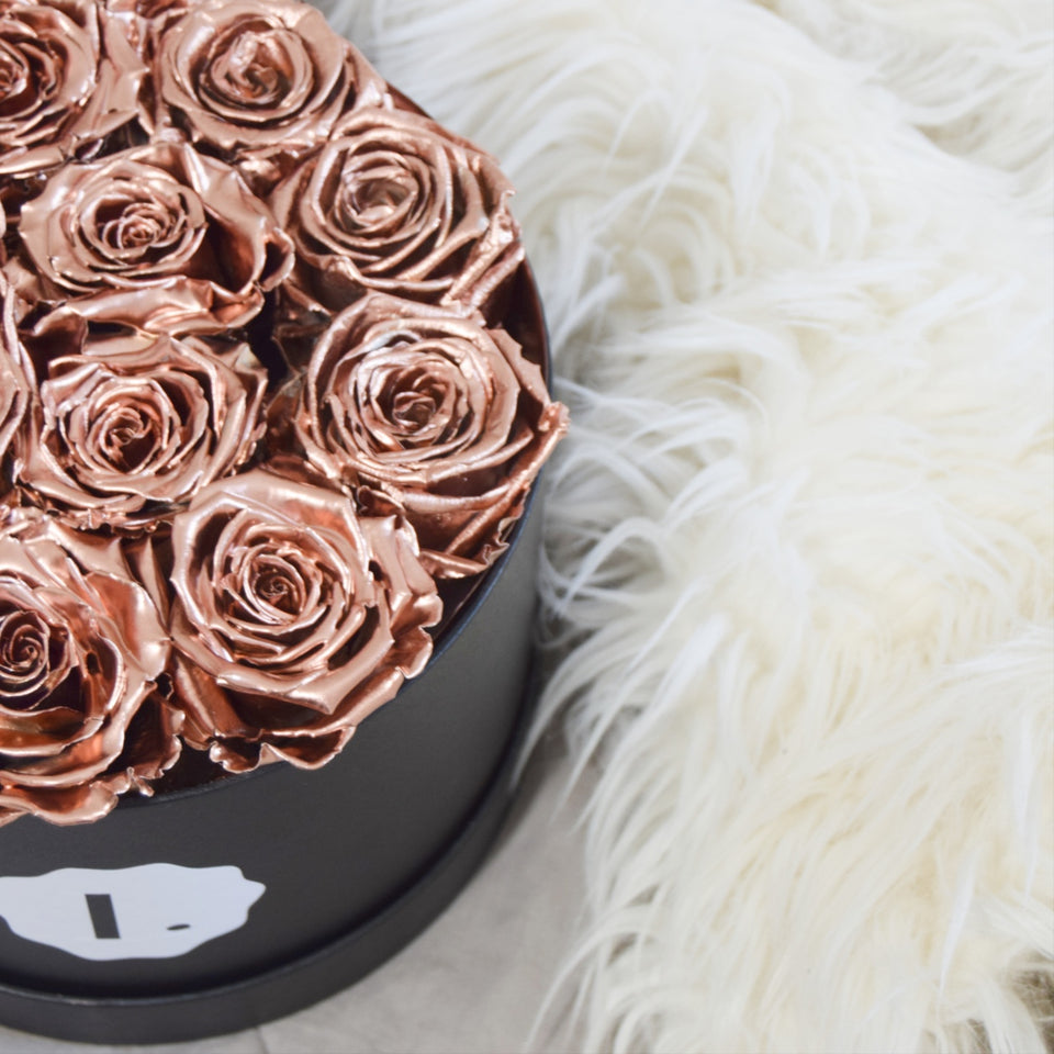 long-lasting-roses-shop-our-metallic-eternity-roses-bouquets-2019