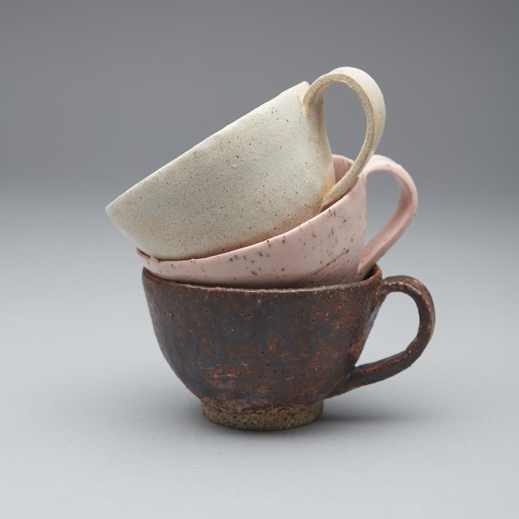 Handmade pottery cup, made in New Zealand by Kirsten Dryburgh
