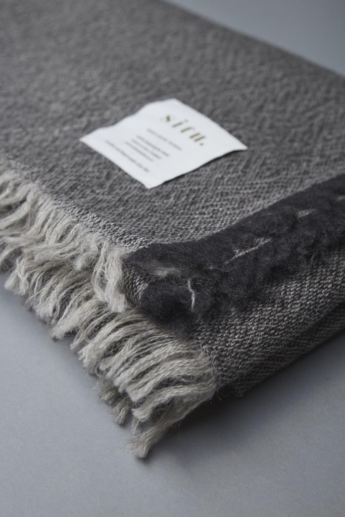 SITU BLANKET CHARCOAL (last one in stock)