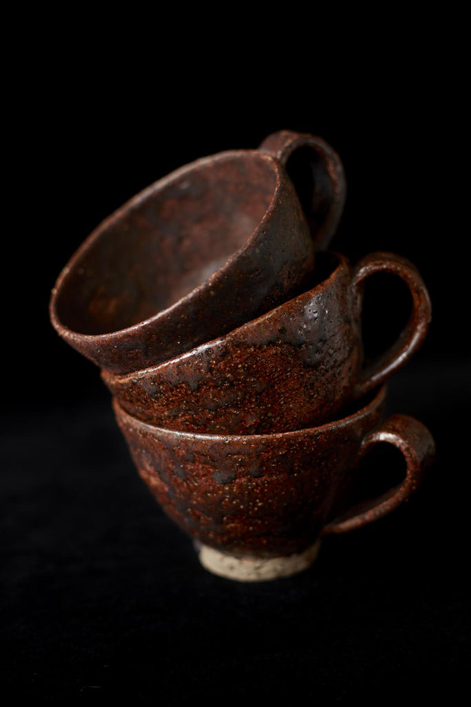 Handmade pottery cup, made in new Zealand by Kirsten Dryburgh.