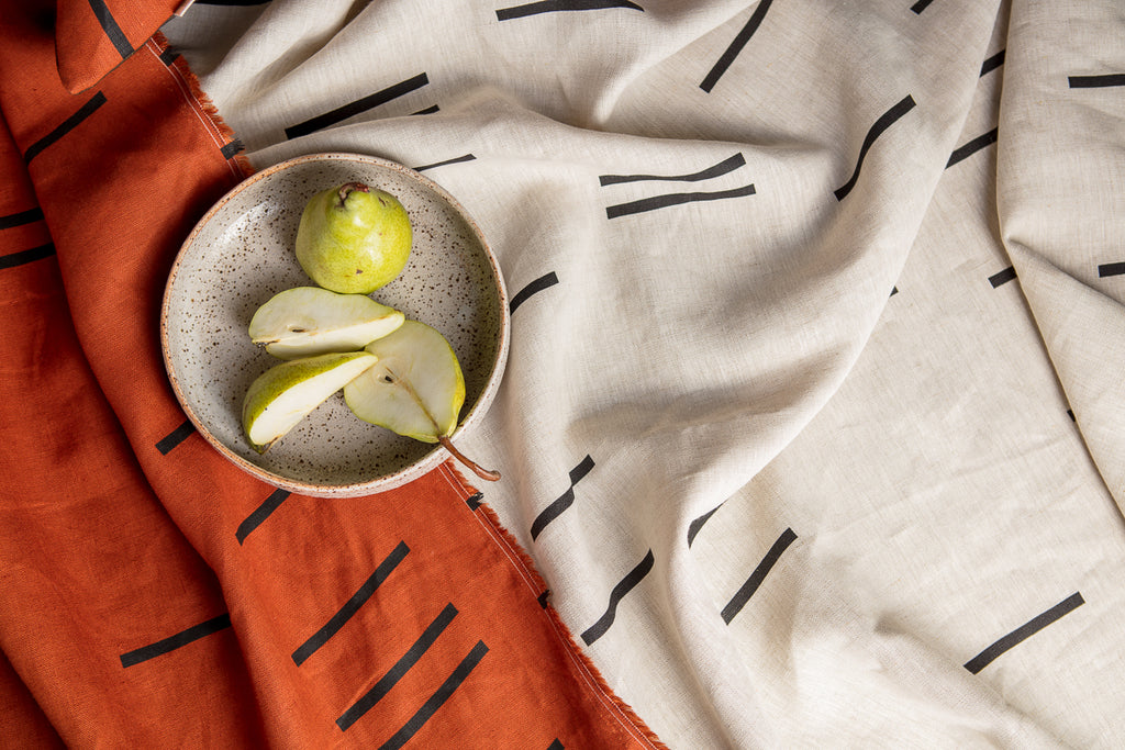 SITU LINEN THROW BONE