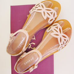 Bamboo Cope-64 Cut Out Flowers Pastel Pink Blush Summer Sandals Shoes Size 6