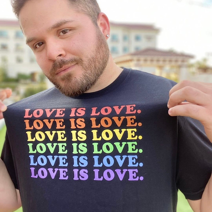 LOVE IS LOVE. Tee - Black