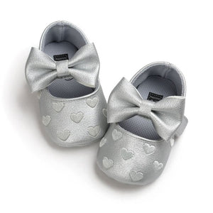 Queen of Hearts Leather Mary Janes, Silver, 5.5 - CeCe & Jax