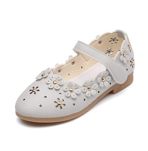Olivia Flower Ring Flats, Gray, 5 - CeCe & Jax