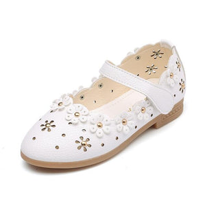 Olivia Flower Ring Flats, White, 5 - CeCe & Jax