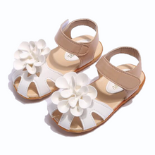 Load image into Gallery viewer, Sweet Pea Sandals, White, 10 - CeCe & Jax