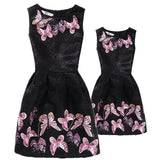 35d571691337f New Mom Daughter Clothes Family Look Mother Daughter Dresses Family  Matching Clothing for Summer Sleeveless Printed Family Dress