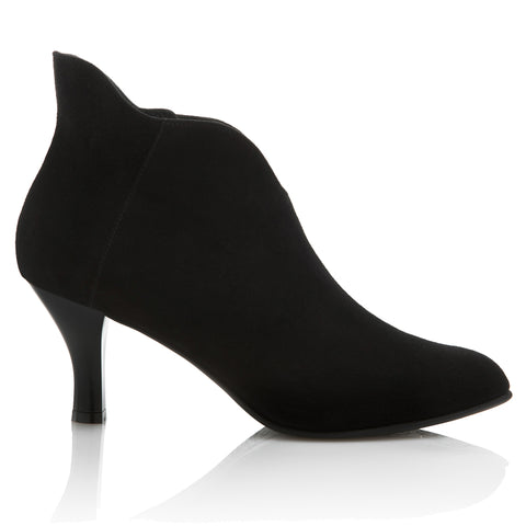 SERENADE - BLACK SUEDE 1
